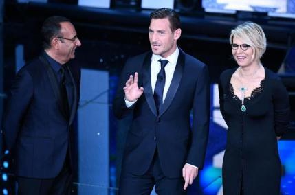 Sanremo: seconda serata; Francesco Totti
